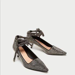 Zara mid-heel shoes with shinning tie around ankle